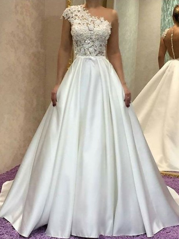 A-Line/Princess One-Shoulder Sleeveles Sweep/Brush Train Lace Satin Wedding Dresses