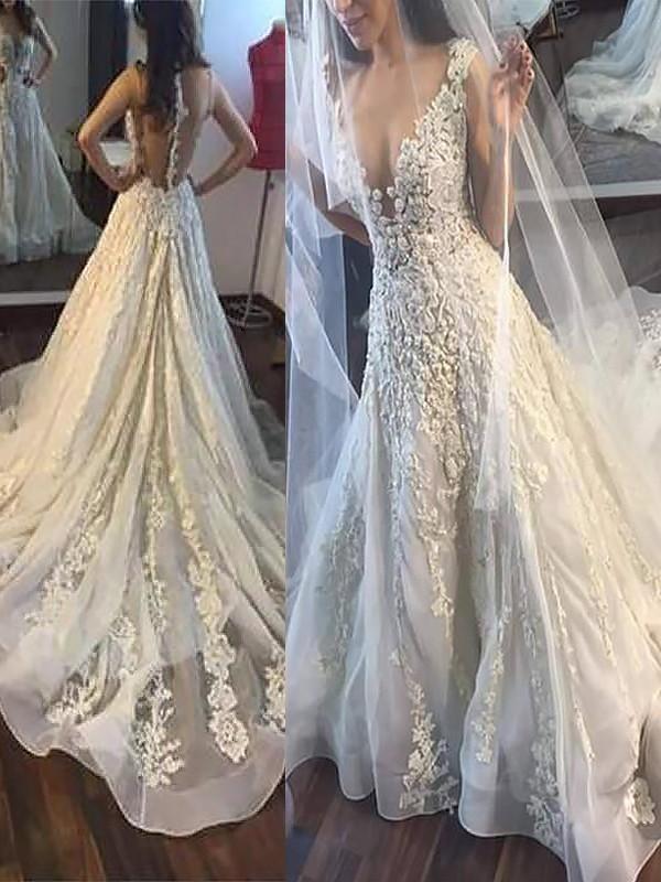A-Line/Princess V-neck Applique Court Train Tulle Sleeveless Wedding Dresses