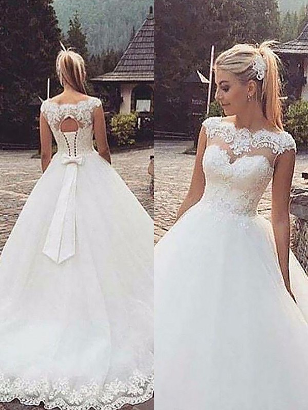 aecfd481d01e Ball Gown Sleeveless Bateau Lace Tulle Court Train Wedding Dresses ...