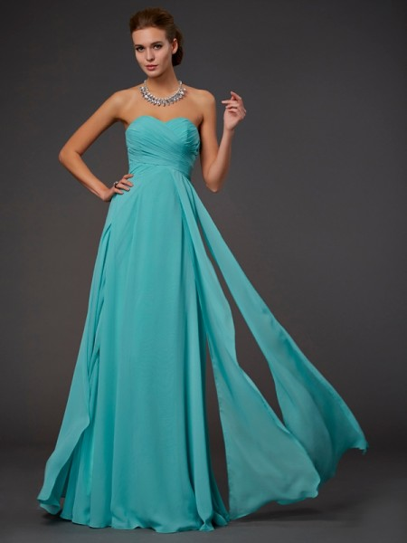A-Line/Princess Sleeveless Pleats Sweetheart Long Chiffon Dresses