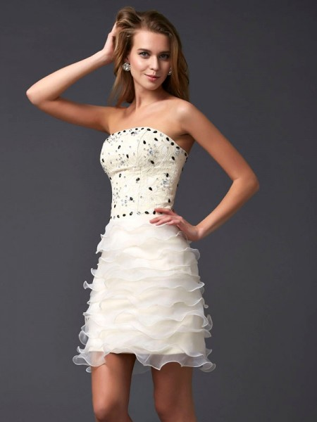 Sheath/Column Strapless Sleeveless Beading Short Tulle Homecoming Dresses