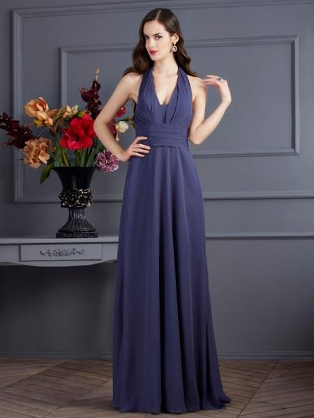 A-Line/Princess Halter Sleeveless Pleats Long Chiffon Dresses