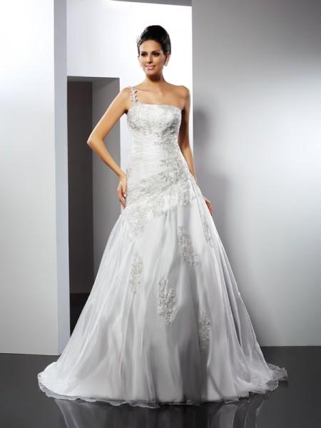 A-Line/Princess One-Shoulder Applique Sleeveless Long Satin Wedding Dresses