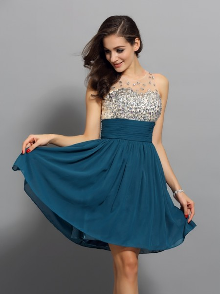A-Line/Princess Bateau Rhinestone Sleeveless Short Chiffon Cocktail Dresses