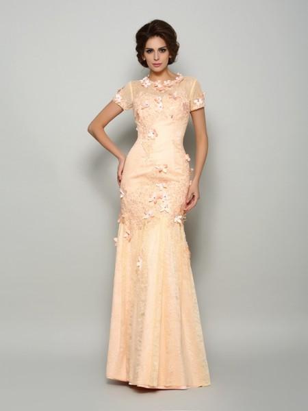 Trumpet/Mermaid Scoop Applique Short Sleeves Long Satin Mother of the Bride Dresses