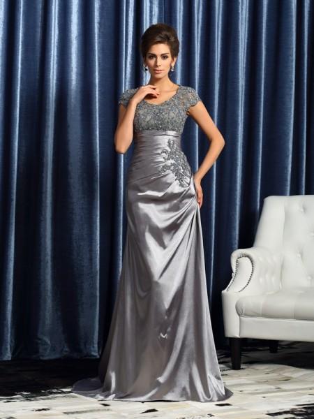 Trumpet/Mermaid Scoop Beading Short Sleeves Long Taffeta Mother of the Bride Dresses
