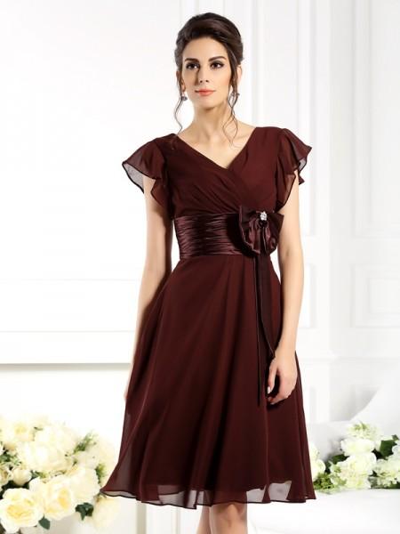A-Line/Princess V-neck Bowknot Short Sleeves Short Chiffon Mother of the Bride Dresses