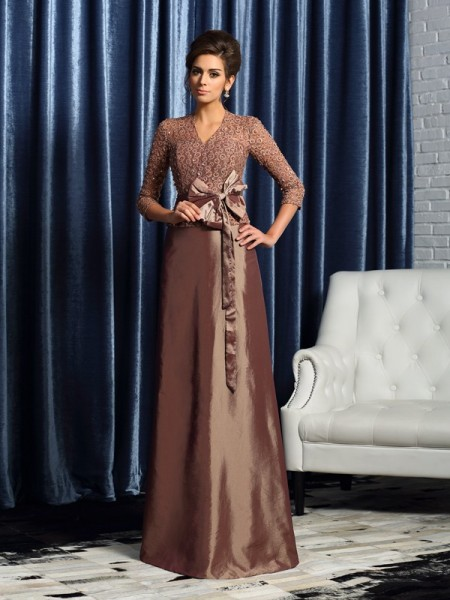 A-Line/Princess V-neck Bowknot 3/4 Sleeves Long Taffeta Mother of the Bride Dresses