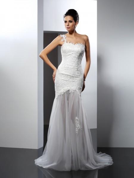 Trumpet/Mermaid One-Shoulder Lace Sleeveless Long Lace Wedding Dresses