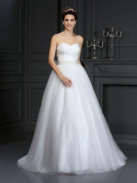 Ball Gown Sweetheart Beading Sleeveless Long Net Wedding Dresses