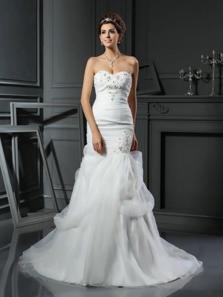Trumpet/Mermaid Sweetheart Beading Sleeveless Long Net Wedding Dresses