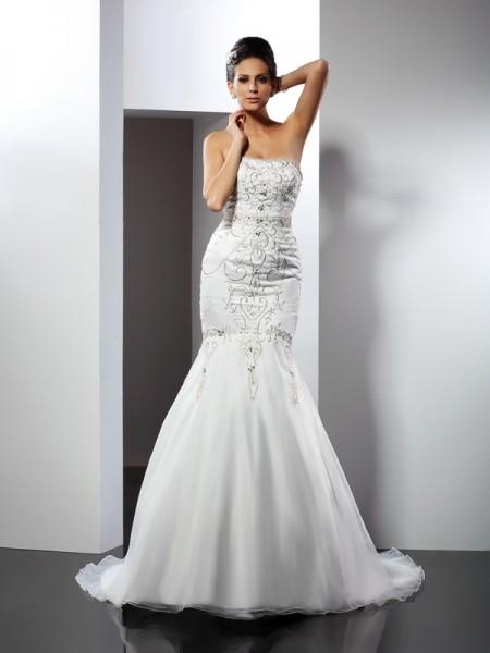 Trumpet/Mermaid Strapless Applique Sleeveless Long Satin Wedding Dresses