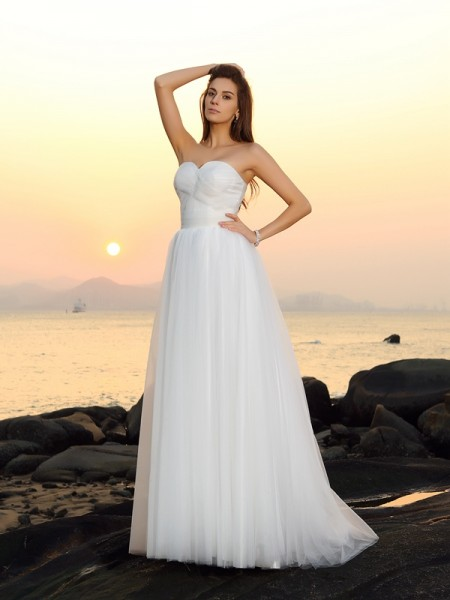 A-Line/Princess Sweetheart Sleeveless Long Net Beach Wedding Dresses