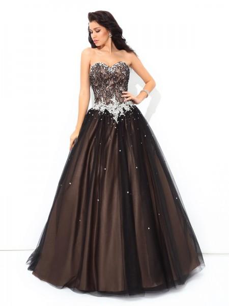 Ball Gown Sweetheart Beading Sleeveless Long Net Quinceanera Dresses