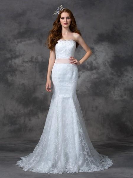 Trumpet/Mermaid Strapless Sash/Ribbon/Belt Sleeveless Long Lace Wedding Dresses