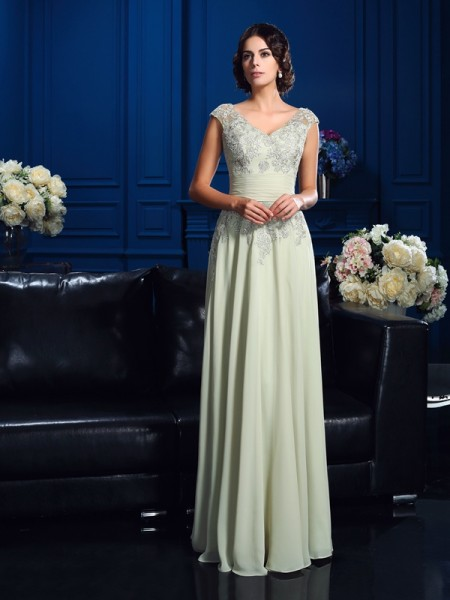 A-Line/Princess V-neck Applique Sleeveless Long Chiffon Mother of the Bride Dresses