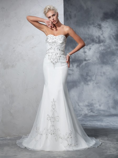 Trumpet/Mermaid Sweetheart Beading Sleeveless Long Satin Wedding Dresses