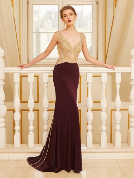 Sheath/Column Straps Sleeveless Beading Sweep/Brush Train Jersey Dresses
