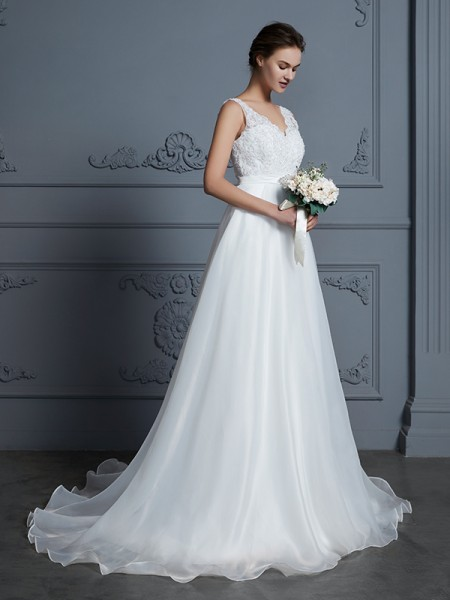 97884ba96e9bc A-Line/Princess V-neck Sleeveless Floor-Length Lace Chiffon Wedding Dresses