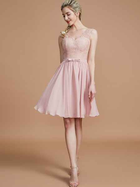A-Line/Princess V-neck Sleeveless Lace Short/Mini Chiffon Bridesmaid Dresses