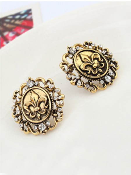 Occident Hyperbolic Metallic Retro Knight Stud Hot Sale Earrings