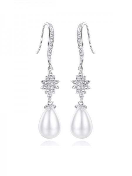 Fancy Ladies's Imitation Pearls Earrings
