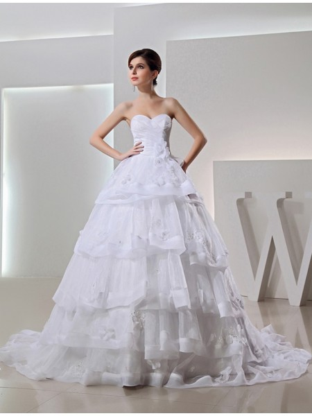 Beading Ball Gown Long Organza Sweetheart Applique Wedding Dresses