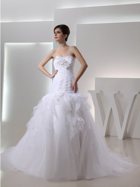 Trumpet/Mermaid Sweetheart Sleeveless Hand-made Flower Organza Wedding Dresses