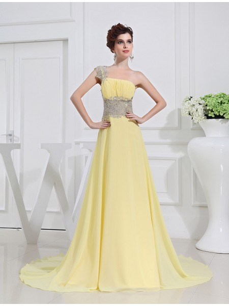 A-Line/Princess One-shoulder Beading Appliques Chiffon Dresses