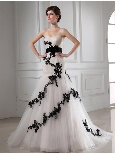 Trumpet/Mermaid Beading Sweetheart Sleeveless Applique Satin Tulle Wedding Dresses