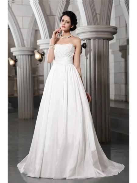 A-Line/Princess Strapless Sleeveless Beading Applique Long Taffeta Wedding Dresses