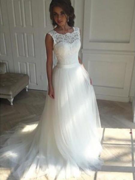 A-Line/Princess Sleeveless Square Court Train Tulle Wedding Dresses
