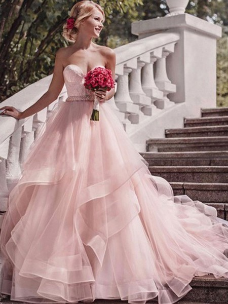 Ball Gown Sweetheart Sleeveless Court Train Layers Organza Wedding Dresses