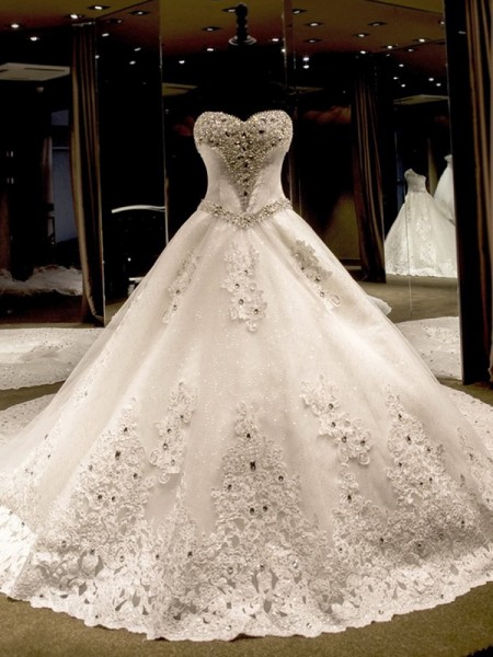 Ball Gown Sleeveless Sweetheart Cathedral Train Applique Sequin Tulle Wedding Dresses