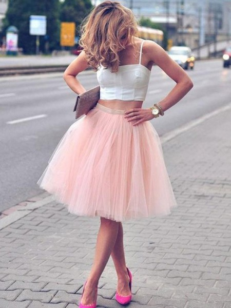 A-Line/Princess Tulle Sleeveless Pleats Spaghetti Straps Knee-Length Two Piece Dresses