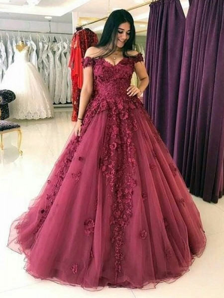 Ball Gown Sleeveless Off-the-Shoulder Sweep/Brush Train Applique Tulle Dresses