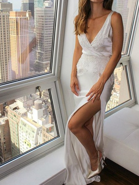 Trumpet/Mermaid Satin Applique V-neck Sleeveless Floor-Length Wedding Dresses
