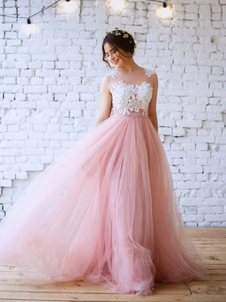 A-Line/Princess Applique Bateau Sleeveless Tulle Sweep/Brush Train Dresses