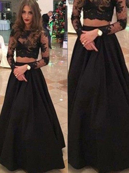 A-Line/Princess Long Sleeves Scoop Floor-Length Lace Dresses