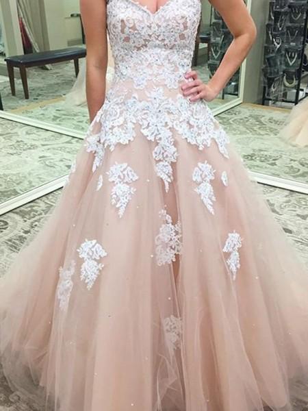 Ball Gown Sweetheart Sleeveless Applique Tulle Floor-Length Dresses