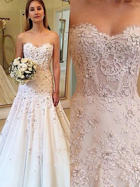 A-Line/Princess Sweetheart Lace Court Train Sleeveless Wedding Dresses