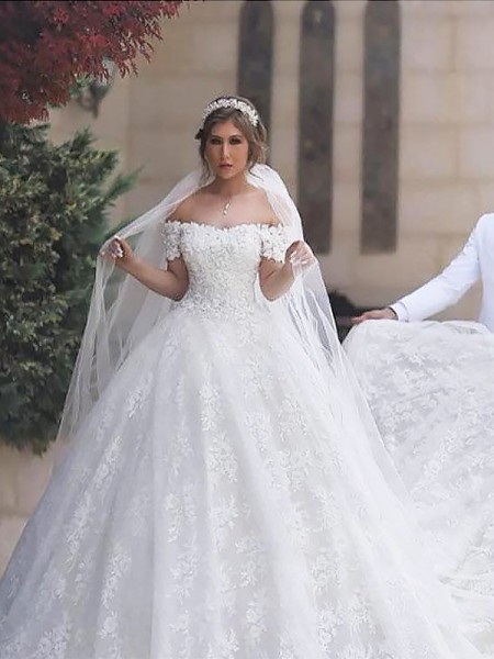 Ball Gown Off-the-Shoulder Lace Short Sleeves Tulle Court Train Wedding Dresses