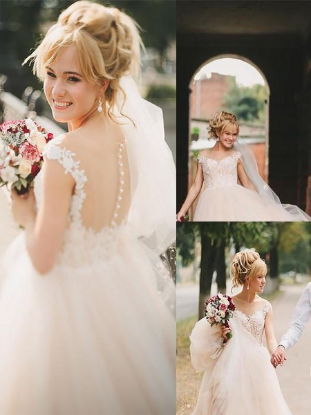 A-Line/Princess Scoop Court Train Tulle Sleeveless Wedding Dresses