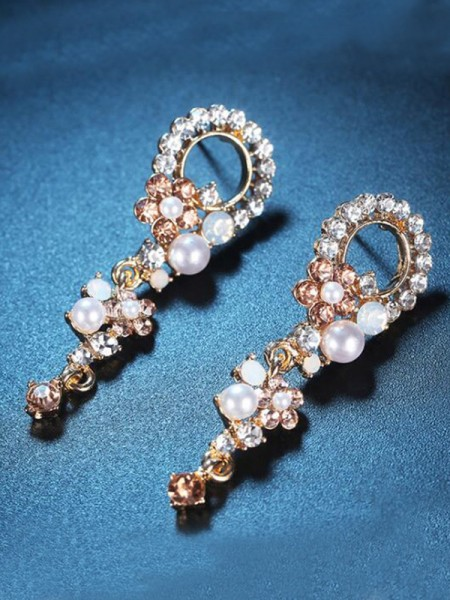 Korean Luxurious Alloy With Rhinestone Women's Earrings